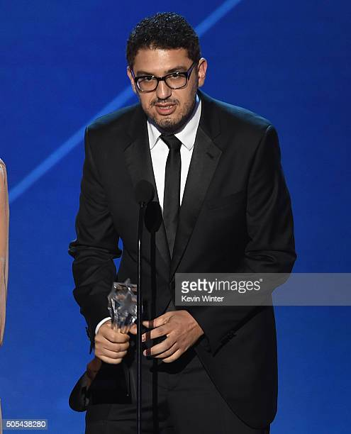 Writerproducer Sam Esmail accepts the Best Drama Series award for 'Mr Robot' onstage during the 21st Annual Critics' Choice Awards at Barker Hangar...