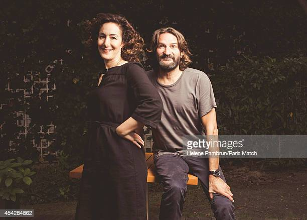Writers Joanna Smith Rakoff Frederic Beigbeder who have both written books about JDSalinger are photographed for Paris Match on July 29 2014 in Paris...