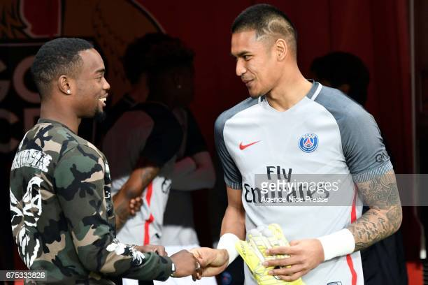 Wylan Cyprien of Nice and Alphonse Areola of PSG during the French Ligue 1 match between Nice and Paris Saint Germain at Allianz Riviera on April 30...