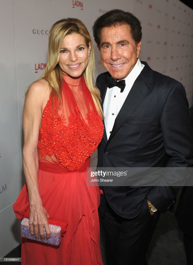 Wynn Resorts Chairman CEO <a gi-track='captionPersonalityLinkClicked' href=/galleries/search?phrase=Steve+Wynn&family=editorial&specificpeople=696427 ng-click='$event.stopPropagation()'>Steve Wynn</a> (R) and Andrea Wynn attend LACMA Art + Film Gala Honoring Clint Eastwood and John Baldessari Presented By Gucci at Los Angeles County Museum of Art on November 5, 2011 in Los Angeles, California.