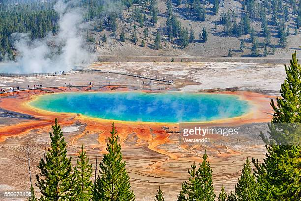 USA, Wyoming, Yellowstone National Park, Grand Prismatic Spring at Midway Geyser Basin