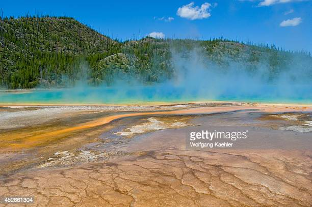 USA Wyoming Yellowstone National Park Midway Geyser Basin Grand Prismatic Spring