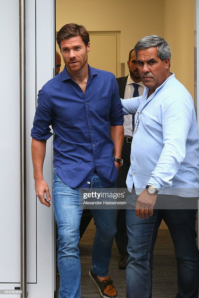 Xabi Alonso arrives for medical check at FC Bayern Muenchen's team doctor HansWilhelm MuellerWohlfahrt office on August 28 2014 in Munich Germany