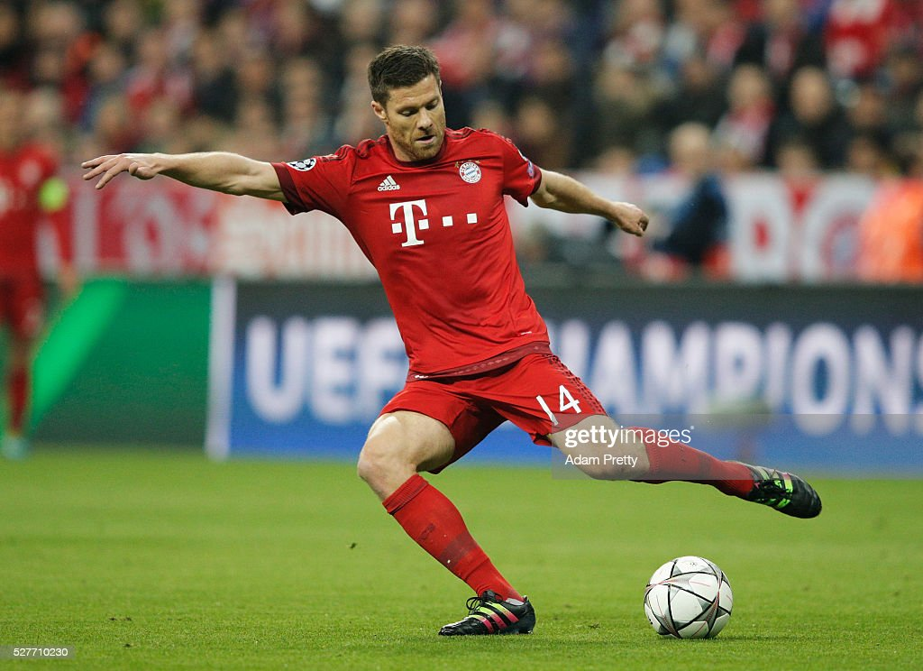Xabi Alonso of Bayern Munich in action during UEFA Champions League semi final second leg match between FC Bayern Muenchen and Club Atletico de Madrid at Allianz Arena on May 3, 2016 in Munich, Germany.