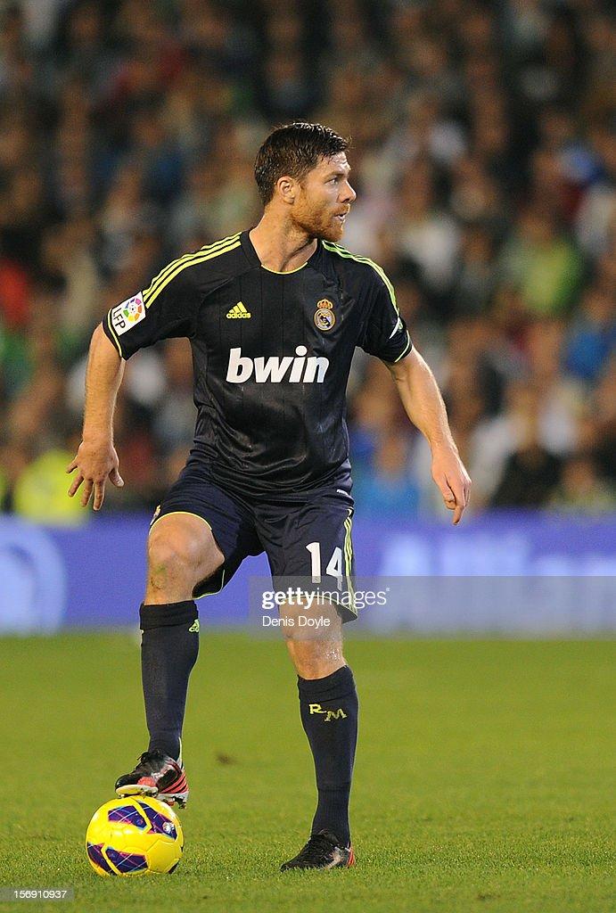 Xabi Alonso of Real Madrid CF controls the ball during the La Liga match between Real Betis Balompie and Real Madrid CF at Estadio Benito Villamarin on November 24, 2012 in Seville, Spain.