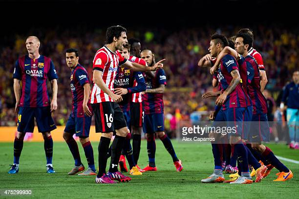 Xabier Etxeita of Athletic Club have words with Neymar Santos Jr of FC Barcelona during the Copa del Rey Final between Athletic Club and FC Barcelona...