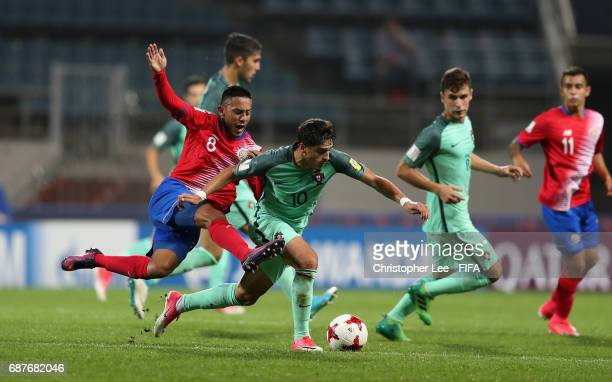 Xadas of Portugal battles with Jimmy Marin of Costa Rica during the FIFA U20 World Cup Korea Republic 2017 group C match between Costa Rica and...