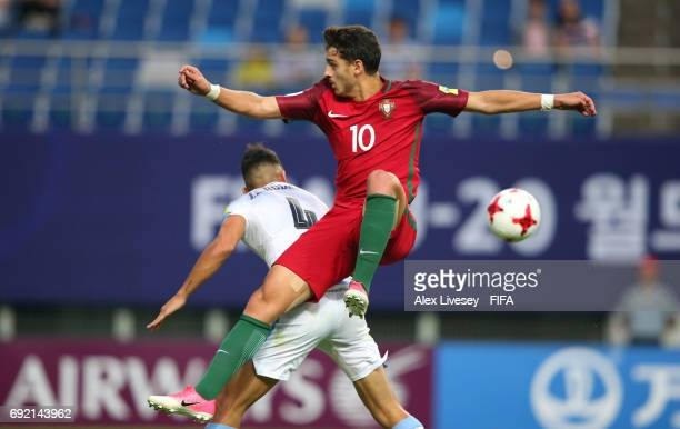 Xadas of Portugal competes for the ball with Jose Luis Rodriguez of Uruguay during the FIFA U20 World Cup Korea Republic 2017 Quarter Final match...