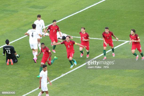Xande Silva of Portugal celebrates with his team mates after scoring the winning goal during the FIFA U20 World Cup Korea Republic 2017 group C match...