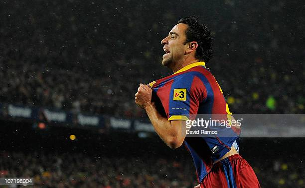 Xavi Hernandez of Barcelna celebrates after scoring the first goal during the La Liga match between Barcelona and Real Madrid at the Camp Nou Stadium...