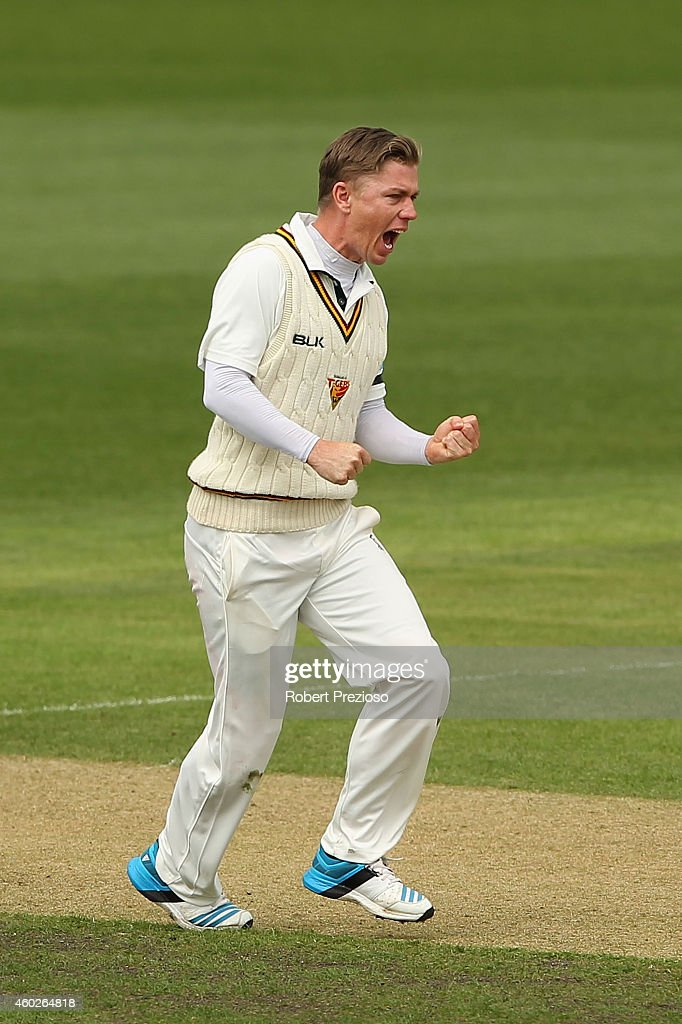 <a gi-track='captionPersonalityLinkClicked' href=/galleries/search?phrase=Xavier+Doherty&family=editorial&specificpeople=2098624 ng-click='$event.stopPropagation()'>Xavier Doherty</a> of Tasmania celebrates after taking the wicket of Travis Head of South Australia during day three of the Sheffield Shield match between Tasmania and South Australia at Blundstone Arena on December 11, 2014 in Hobart, Australia.