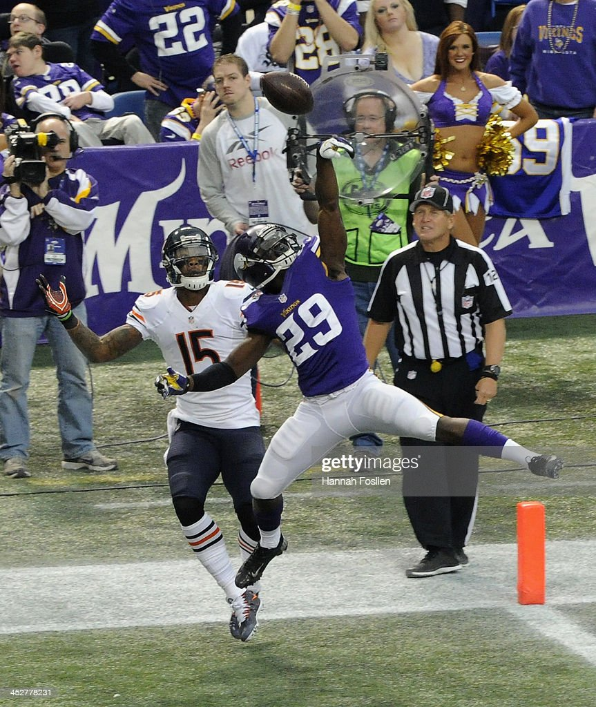 <a gi-track='captionPersonalityLinkClicked' href=/galleries/search?phrase=Xavier+Rhodes&family=editorial&specificpeople=7191729 ng-click='$event.stopPropagation()'>Xavier Rhodes</a> #29 of the Minnesota Vikings tips a pass intended for Brandon Marshall #15 of the Chicago Bears during the first quarter of the game on December 1, 2013 at Mall of America Field at the Hubert H. Humphrey Metrodome in Minneapolis, Minnesota.