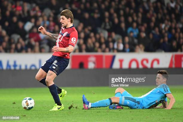 Xeka of Lille escapes fromFlorian Thauvin of Marseille during the Ligue 1 match between Lille OSC and Olympique de Marseille at Stade Pierre Mauroy...