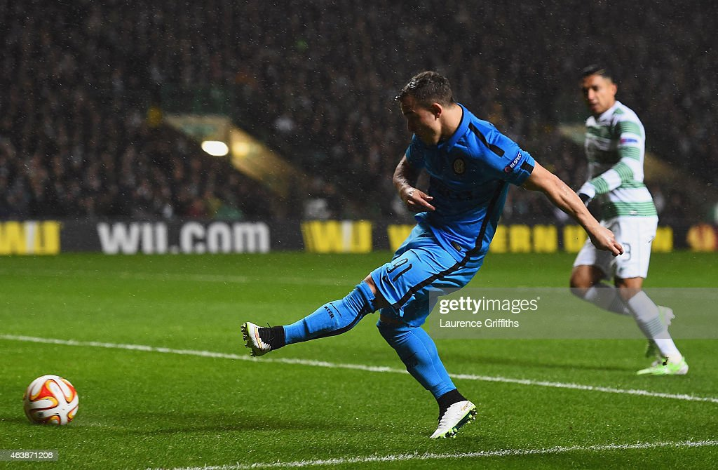 Xherdan Shaqiri of Inter Milan scores their first goal during the UEFA Europa League Round of 32 first leg match between Celtic FC and FC Internazionale Milano at Celtic Park Stadium on February 19, 2015 in Glasgow, United Kingdom.