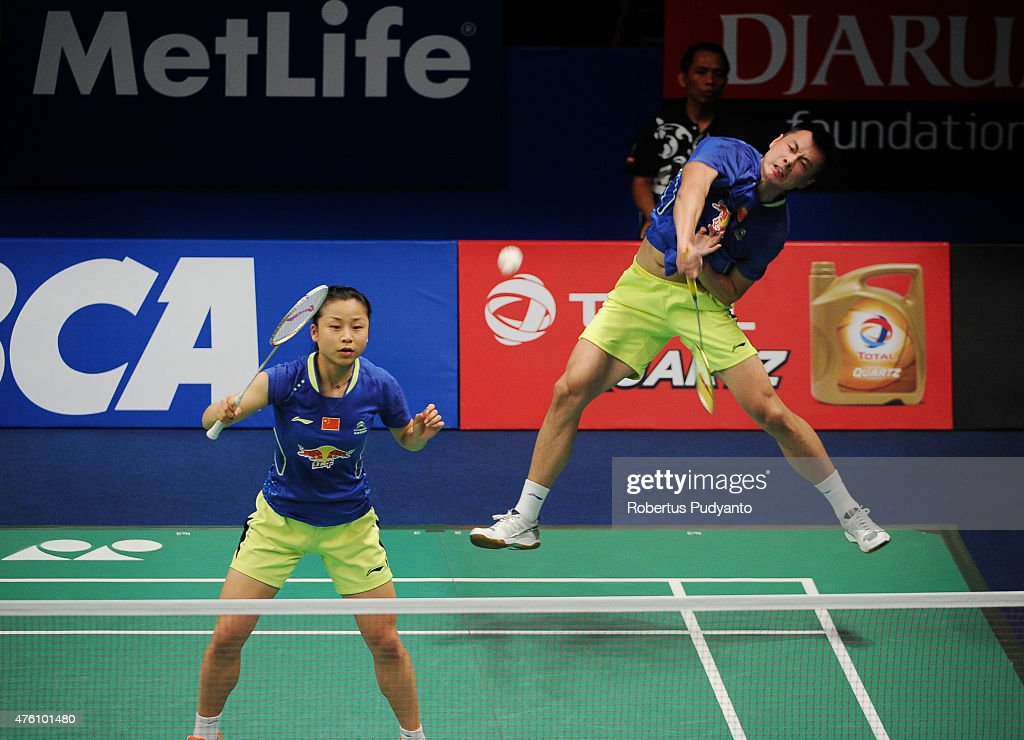 <a gi-track='captionPersonalityLinkClicked' href=/galleries/search?phrase=Xu+Chen+-+Badminton+Player&family=editorial&specificpeople=9612195 ng-click='$event.stopPropagation()'>Xu Chen</a> and <a gi-track='captionPersonalityLinkClicked' href=/galleries/search?phrase=Ma+Jin&family=editorial&specificpeople=5747194 ng-click='$event.stopPropagation()'>Ma Jin</a> of China play a shot against Joachim Fischer Nielsen and Christinna Pedersen of Denmark during the 2015 BCA Indonesia Open Semifinals match at Istora Senayan on June 6, 2015 in Jakarta, Indonesia.