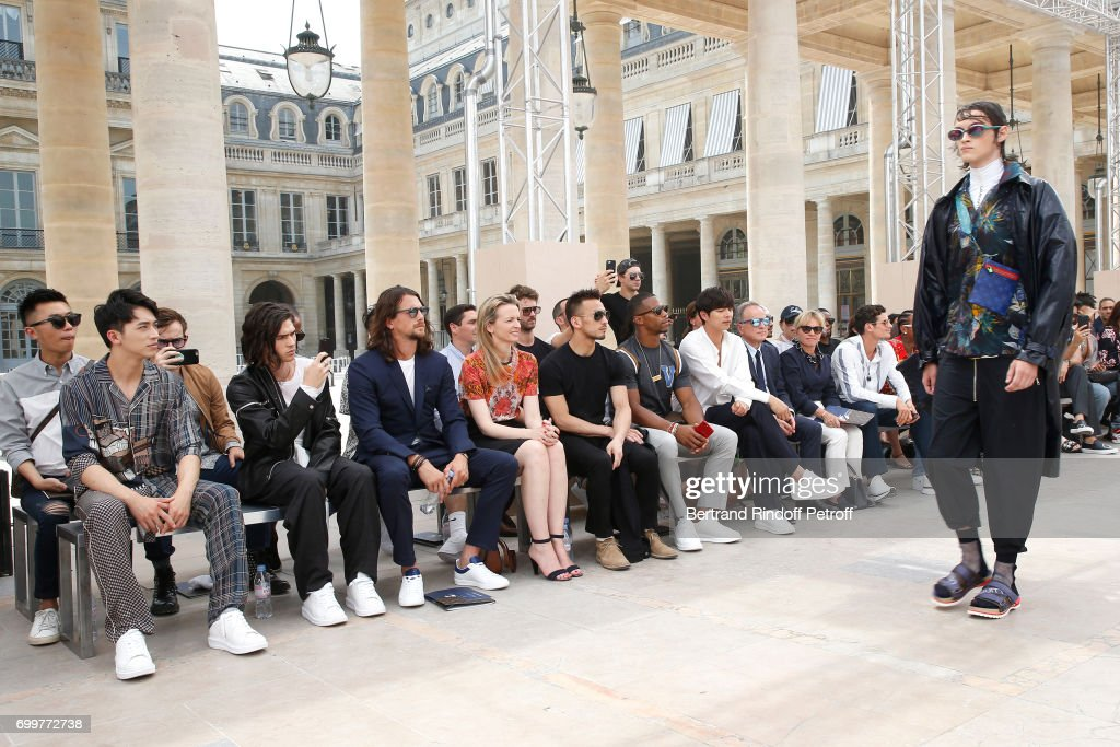 Louis Vuitton : Front Row - Paris Fashion Week - Spring/Summer 2018