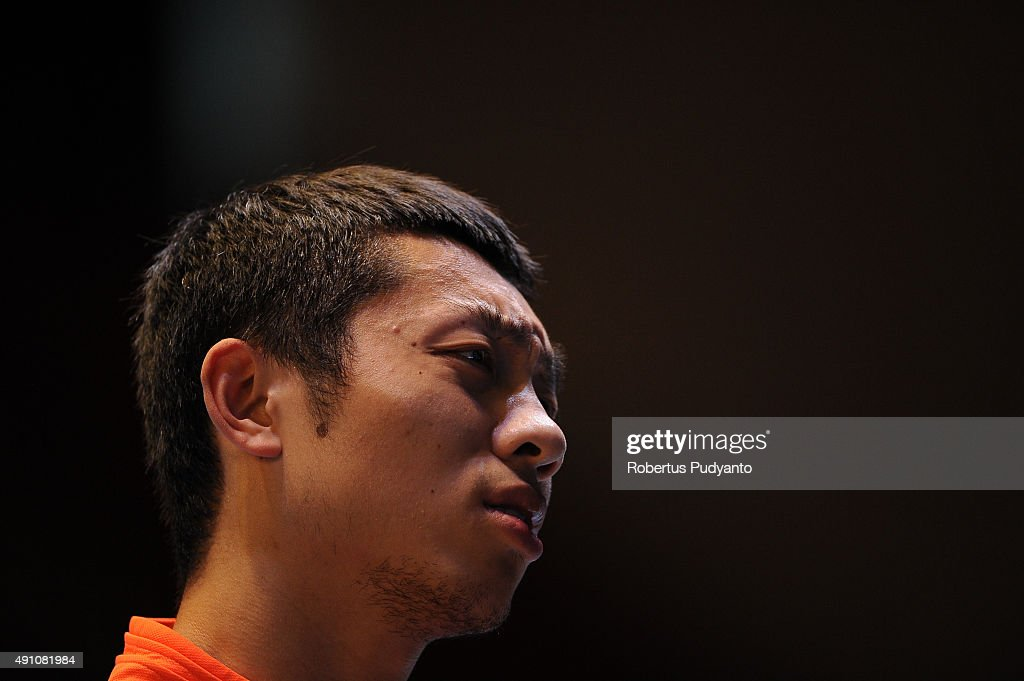 <a gi-track='captionPersonalityLinkClicked' href=/galleries/search?phrase=Xu+Xin+-+Table+Tennis+Player&family=editorial&specificpeople=15781496 ng-click='$event.stopPropagation()'>Xu Xin</a> of China reacts against Wong Chun Ting of Hong Kong during Men's singles semi-final match of the 22nd 2015 ITTF Asian Table Tennis Championships at Pattaya Sports Indoor Stadium on October 3, 2015 in Pattaya, Thailand.