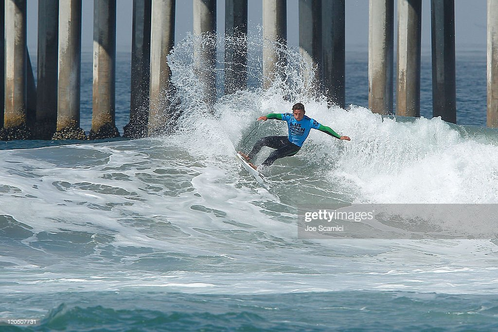 Yadin Nicol of Australia cuts back into the section during his heat against Thiago Camarao of Brazil during the round of 12 heat 4 of the Nike US...