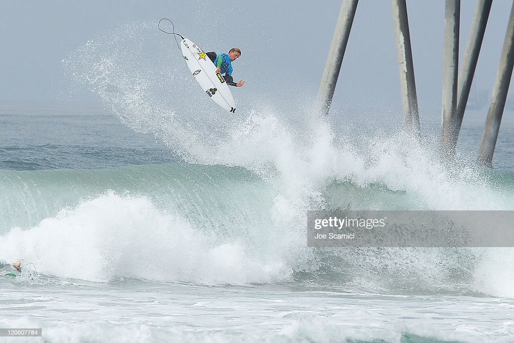 Yadin Nicol of Australia launches into a huge rotating aerial during his heat against Thiago Camarao of Brazil during the round of 12 heat 4 of the...