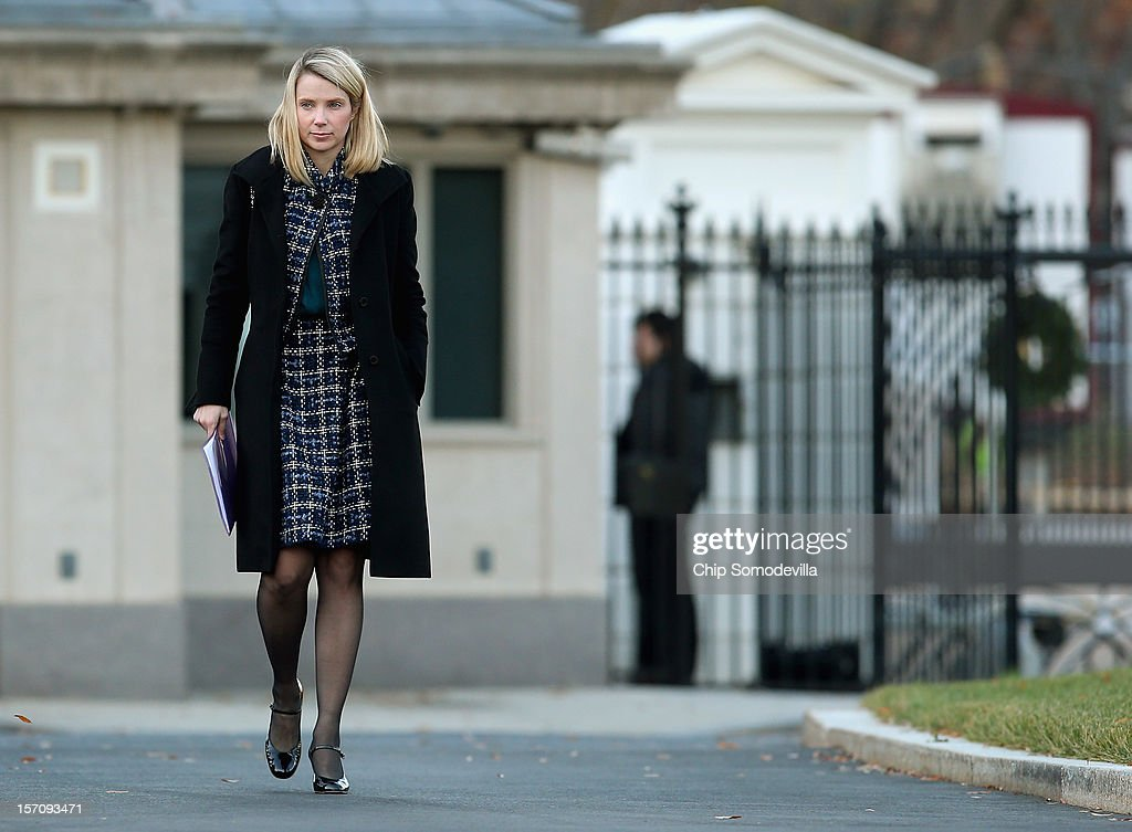 Yahoo! President and CEO Marissa Mayer arrives at the White House for a meeting with President Barack Obama and other business leaders November 28, 2012 in Washington, DC. According to the White House, the American business executives met with Obama to discuss economic growth and deficit reduction.