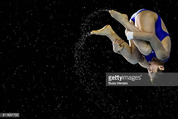Yajie Si of China competes in the women's 10m final springboard as part of the 2016 FINA Diving World Cup at Maria Lenk Aquatics Centre on February...