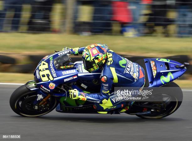 Yamaha rider Valentino Rossi of Italy powers his machine during the qualifying session of the Australian MotoGP Grand Prix at Phillip Island on...