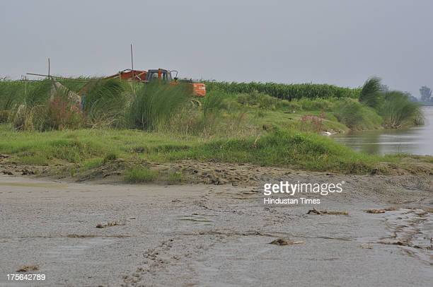 Yamuna riverbed at Pychara village one of the hotspot for illegal sand mining on August 3 2013 in Ghaziabad India After Gautam Budh Nagar Ghaziabad...