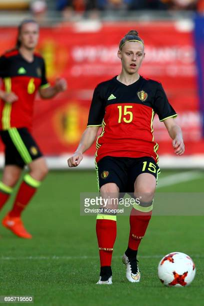 Yana Daniels of Belgium runs with the ball during the Women's International Friendly match between Belgium and Japan at Stadium Den Dreef on June 13...