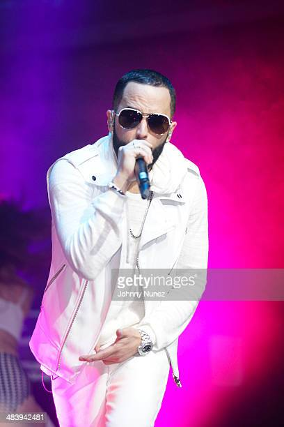 Yandel performs at Stage 48 on April 10 2014 in New York City