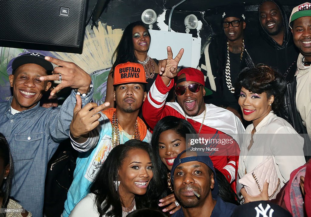 Yandy Smith, <a gi-track='captionPersonalityLinkClicked' href=/galleries/search?phrase=Juelz+Santana&family=editorial&specificpeople=608338 ng-click='$event.stopPropagation()'>Juelz Santana</a>, <a gi-track='captionPersonalityLinkClicked' href=/galleries/search?phrase=Cam%27ron&family=editorial&specificpeople=2085564 ng-click='$event.stopPropagation()'>Cam'ron</a>, <a gi-track='captionPersonalityLinkClicked' href=/galleries/search?phrase=2+Chainz&family=editorial&specificpeople=8559144 ng-click='$event.stopPropagation()'>2 Chainz</a> (rear), and Deelishis attend Camron's KillaBowl at WIP on February 2, 2014 in New York City.