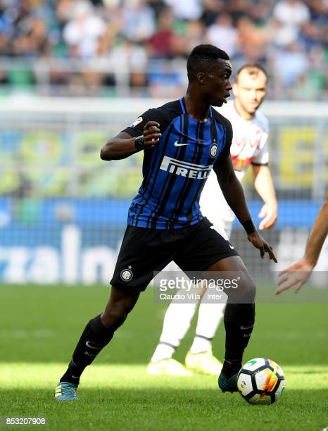 Yann Karamoh in action during the Serie A match between FC Internazionale and Genoa CFC at Stadio Giuseppe Meazza on September 24 2017 in Milan Italy