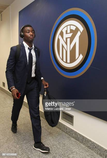 Yann Karamoh of FC Internazionale arrives prior to the Serie A match between FC Internazionale and AC Milan at Stadio Giuseppe Meazza on October 15...