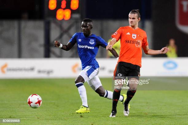 Yannick Bolasie Narmin Haskic reacts during the UEFA Europa League Qualifier between MFK Ruzomberok and Everton on August 3 2017 in Ruzomberok...