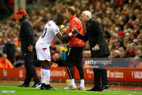 Yannick Bolasie of Crystal Palace celebrates scoring the opening goal with Alan Pardew Manager of Crystal Palace during the Barclays Premier League...