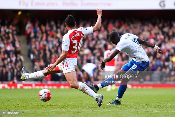 Yannick Bolasie of Crystal Palace scores his team's first goal of the game during the Barclays Premier League match between Arsenal and Crystal...