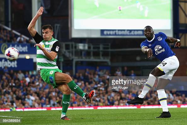 Yannick Bolasie of Everton shoots at goal during the EFL Cup second round match between Everton and Yeovil Town at Goodison Park on August 23 2016 in...
