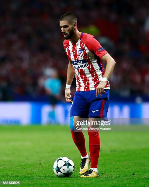 Yannick Carrasco of Atletico de Madrid controls the ball during the UEFA Champions League group C match between Atletico Madrid and Chelsea FC at...