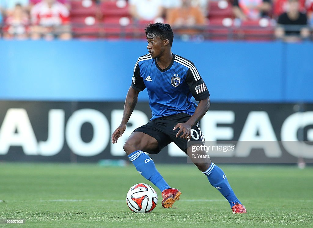 <a gi-track='captionPersonalityLinkClicked' href=/galleries/search?phrase=Yannick+Djalo&family=editorial&specificpeople=3684315 ng-click='$event.stopPropagation()'>Yannick Djalo</a> #10 of San Jose Earthquakes handles the ball against FC Dallas at Toyota Stadium on May 31, 2014 in Frisco, Texas.