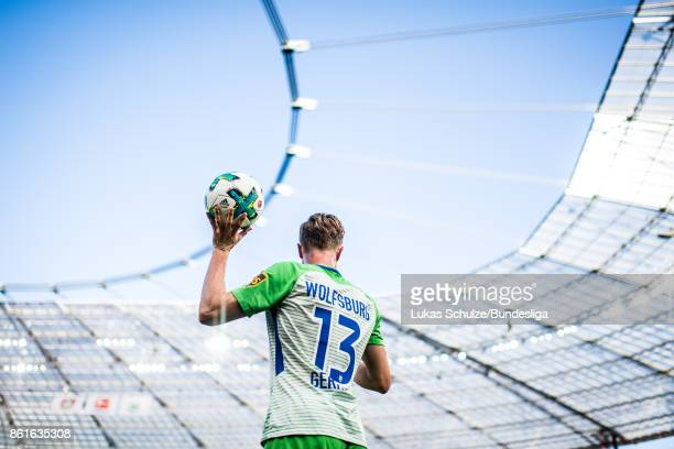 Yannick Gerhardt of Wolfsburg holds the ball during the Bundesliga match between Bayer 04 Leverkusen and VfL Wolfsburg at BayArena on October 15 2017...
