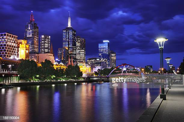 Yarra river and the Melbourne skyline