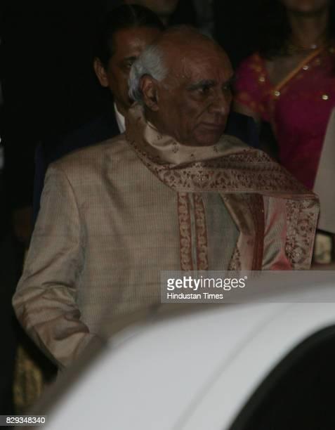 Yash Chopra at the wedding of Aishwarya and Abhishek Bachchan