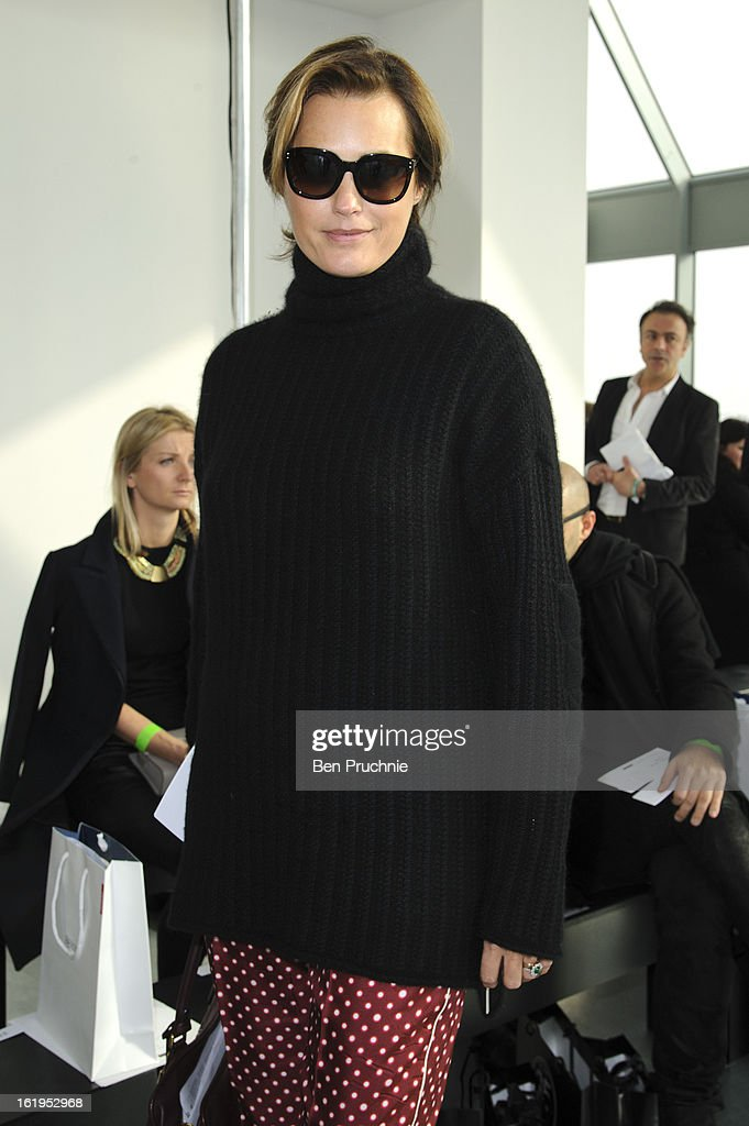 <a gi-track='captionPersonalityLinkClicked' href=/galleries/search?phrase=Yasmin+Le+Bon&family=editorial&specificpeople=161272 ng-click='$event.stopPropagation()'>Yasmin Le Bon</a> attends the Antonio Berardi show during London Fashion Week Fall/Winter 2013/14 at on February 18, 2013 in London, England.