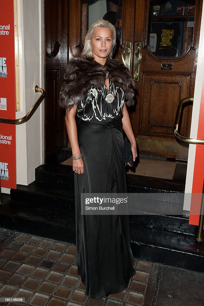 <a gi-track='captionPersonalityLinkClicked' href=/galleries/search?phrase=Yasmin+Le+Bon&family=editorial&specificpeople=161272 ng-click='$event.stopPropagation()'>Yasmin Le Bon</a> attends the press night for the new cast of 'One Man, Two Guvnors' at Theatre Royal on October 17, 2013 in London, England.