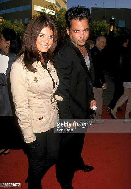 Yasmine Bleeth and Richard Grieco at the Premiere of 'The Nutty Professor' Universal Amphitheatre Universal City