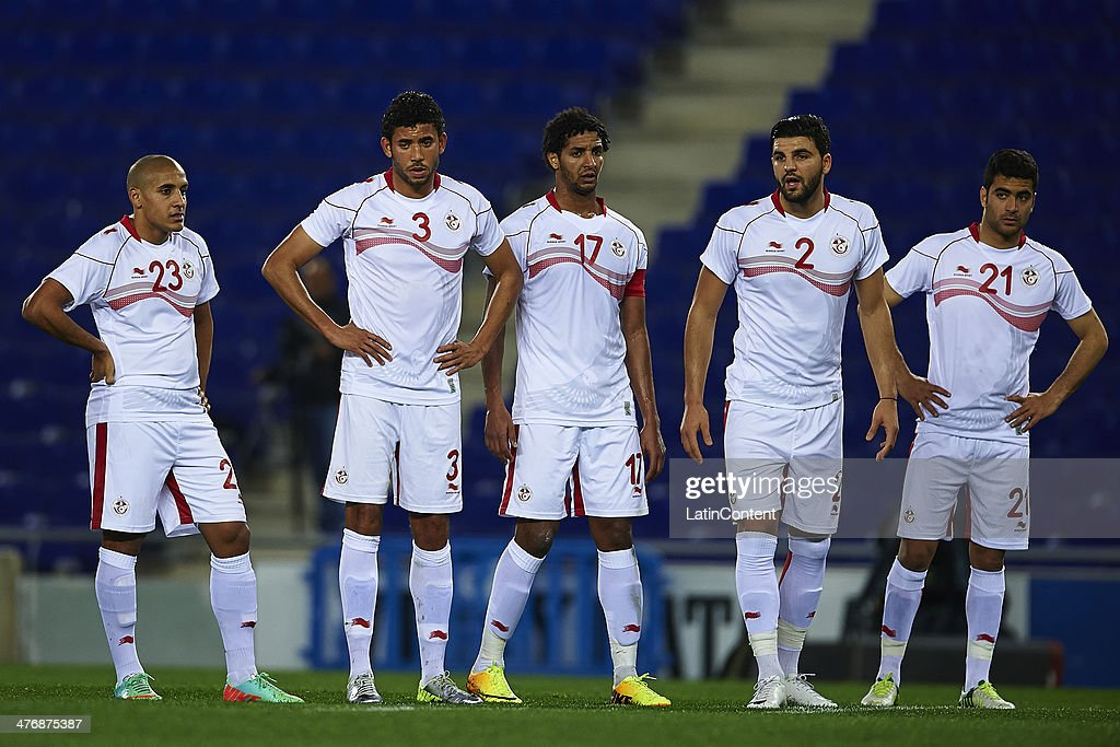 Yassin Mikari, Mohamed Larbi Arouri, Jawhar Mnari, Hachem Abbes and Sofian Chahed of Tunisia during the International friendly match between Colombia and Tunisia at Cornella el Prat Stadium on March 5, 2014 in Barcelona, Spain.