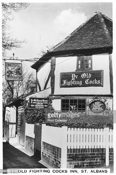 Ye Old Fighting Cocks Inn St Albans Hertfordshire 1937 Octagonal pub originally known as The Round House said to be the oldest pub in England It...