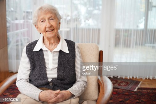90 year old lady at home : Stock Photo