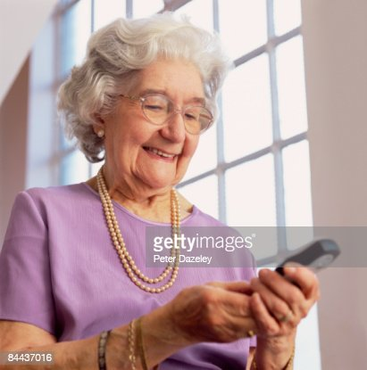Dating 80 year old woman