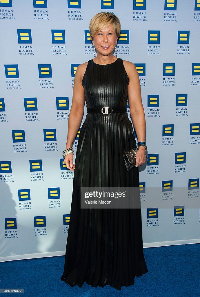<a gi-track='captionPersonalityLinkClicked' href=/galleries/search?phrase=Yeardley+Smith&family=editorial&specificpeople=2478190 ng-click='$event.stopPropagation()'>Yeardley Smith</a> arrives at the Human Rights Campaign Los Angeles Gala Dinner at JW Marriott Los Angeles at L.A. LIVE on March 22, 2014 in Los Angeles, California.