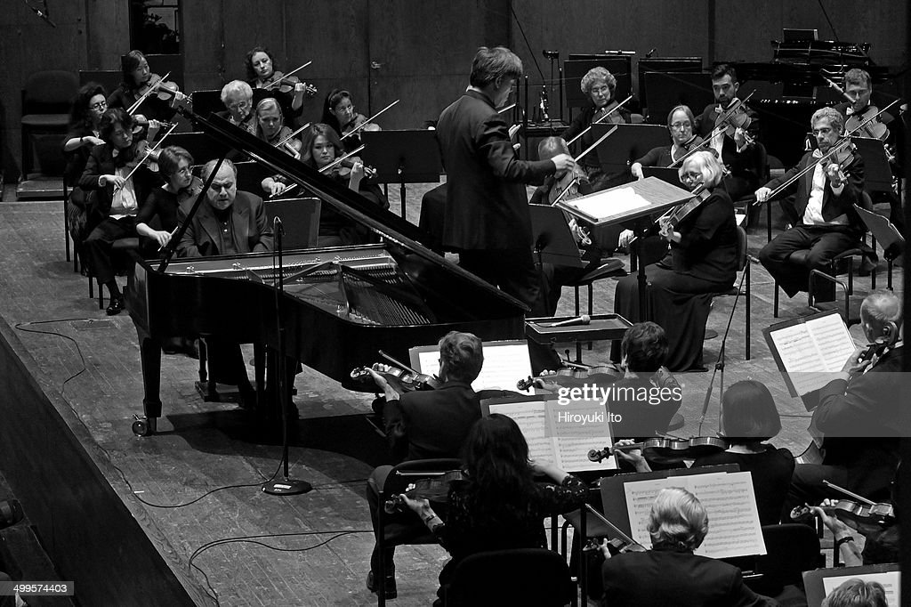 Yefim Bronfman performing the Beethoven Piano Concertos with the New York Philharmonic led by Alan Gilbert at Avery Fisher Hall on Wednesday night...